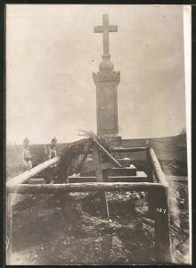 Fotografie 1.WK, Ostfront, Kriegsgrab gefallener Österreicher