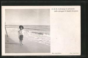 AK Il Principe di Piemonte sulla spiaggia di Castel Porziano, Portrait als Kind