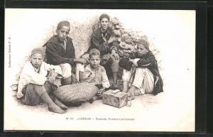 AK Algérie, Yaoleds, Porteurs et Cireurs, Träger und Schuhputzer