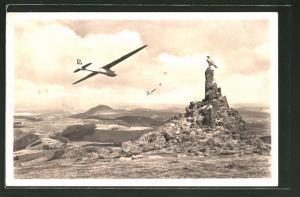 AK Fliegerdenkmal auf der Wasserkuppe, Segelflugzeuge mit e