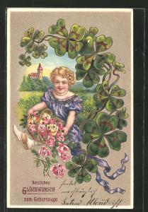 Präge-AK Herzlichen Glückwunsch zum Geburtstage, Mädchen mit Blumenkorb umgeben von Glücksklee