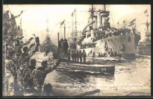 Künstler-AK Willy Stoewer: Begrüssung des U-Bootes U 9 bei seiner Rückkehr nach Wilhelmshaven am 23.9.1914