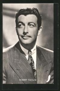 AK Schauspieler Robert Taylor im Anzug mit Krawatte