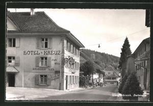 AK Langenbruck, Strassenpartie mit Hotel zum Kreuz und Hotel zum Bären