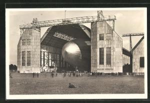 AK Graf Zeppelin startbereit, Luftschiff