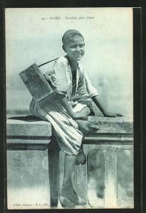 AK arabischer Handwerker, Junge als Schuhputzer
