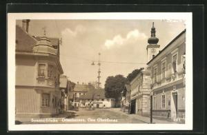 AK Offenhausen, Maibaum mit  am Ende einer Strasse