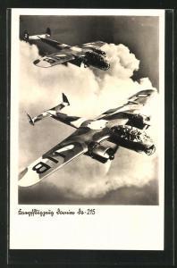 AK Kampfflugzeug Dornier Do-215 in der Luft, Tarnbemalung