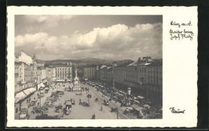AK Linz, Franz Josef Platz mit Denkmal