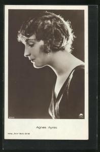 AK Schauspielerin Agnes Ayres mit gewelltem Haar