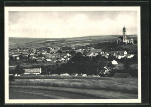 AK Mistelbach, Totalansicht mit Häusern, Kirche und Felder