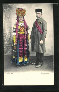 AK Schwarzwälder Paar in Volkstrachten