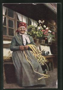 AK alte Frau in Schwarzwälder Tracht