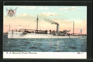 AK Kriegsschiff U. S. Dynamite Cruiser Vesuvius vor der Küste