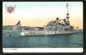 AK Kriegsschiff U. S. S. Oregon vor der Küste
