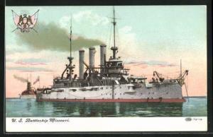 AK Kriegsschiff U. S. Missouri vor der Küste