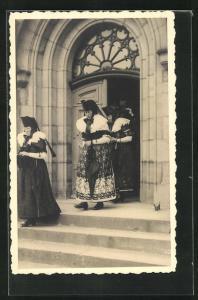 AK Frauen in Tracht Schaumburg-Lippe