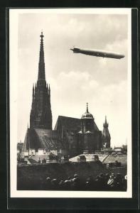 AK Wien, Zeppelin über dem Stefansdom