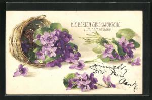 Künstler-AK Clara von Sivers: Lilafarbene Blumen mit Korb, Glückwunschkarte zum Namenstag