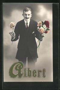 AK Junger Herr mit Blumen, Glückwunsch zum Namenstag Albert