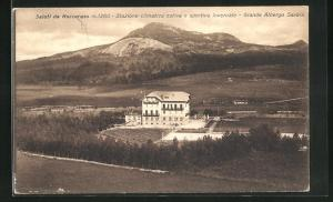AK Roccaraso, Grande Albergo Savoia mit Landschaft und Berge