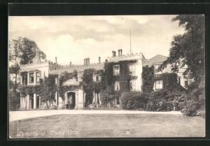 AK Lyndhurst, Grand Hotel