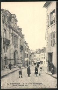 AK Pontoise, La Caisse d` Epargne et la Grande Rue