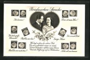 AK Pärchen im Herz schaut sich verliebt an, Briefmarkensprache