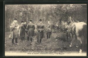 AK Saint-Fargeau, Le Rapport, Jäger im Wald vor der Jagd