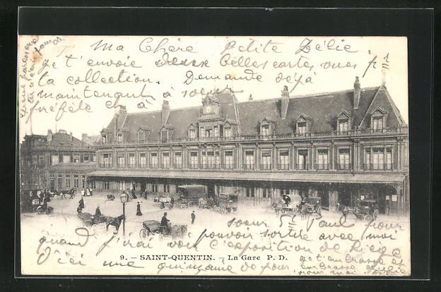 AK Saint-Quentin, La gare, Partie am Bahnhof 0