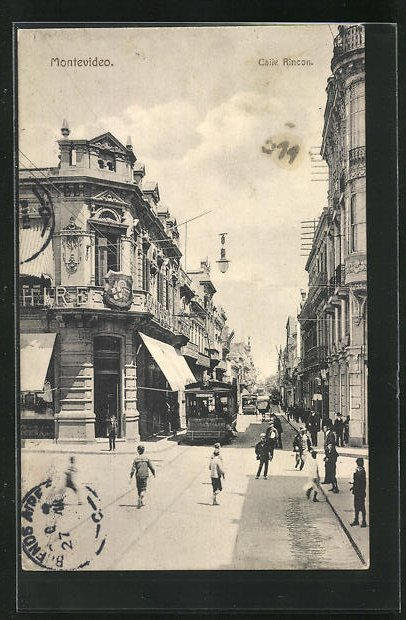 AK Montevideo, Calle Rincon, Ortspartie mit Strassenbahn 0