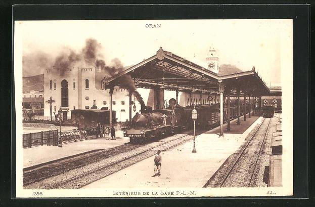AK Oran, Interieur de la Gare 0