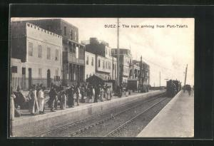 AK Suez, The train arriving from Port-Tewfik
