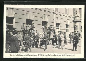 AK Wien, Kriegsmetallsammlung, Ablieferung bei der Zentrale Währingerstrasse, Kriegsnot