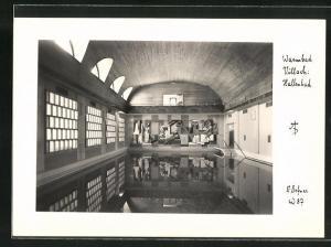 Foto-AK Adalbert Defner: Villach, Blick in das Hallenbad