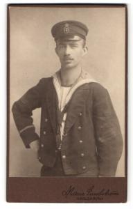 Fotografie Marie Lindström, Karlskrona, Portrait Angehöriger der schwedischen Marine in Uniform