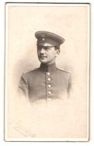 Fotografie H. Weingarten, Essen a. d. Ruhr, Soldat mit Mütze