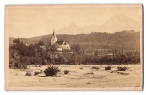 Fotografie M. Sicherer, Villach, Ansicht Maria Gail, Ortsansicht mit Kirche