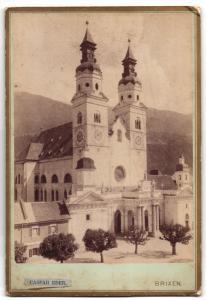 Fotografie Caspar Eder, Brixen, Ansicht Brixen, Kirche