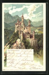 AK Schloss Neuschwanstein vor Bergpanorama, Blick aus der Vogelschau