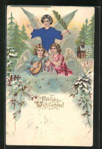 Präge-Lithographie Weihnachtsengel mit Laute und Palmenzweig vor Kirche