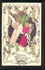 Präge-Lithographie Weihnachtsengel spielt Harfe, trägt Tannenbaum, Blumen und Stern
