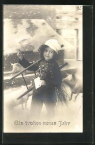 AK Schornsteinfeger Mädchen mit Schneeflocken und Schweinen, Neujahrskarte