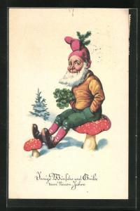AK Zwerg sitzt mit Glücksklee auf einem Fliegenpilz, Wünsche und Grüsse zum Neuen Jahre