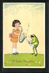 AK vermenschlichte Tiere, Frosch singt vom Notenblatt und wird von Mädchen mit Saxophon begleitet, Pfingstkarte