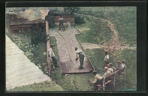 AK Soldaten beim Kegeln auf selbst hergestellter Kegelbahn