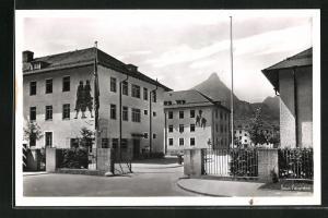 AK Bad Reichenhall, General-Ritter-von Tutschek-Kaserne, Eingang