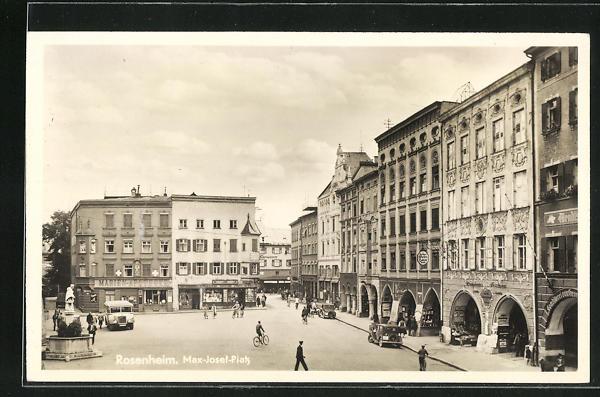 AK Rosenheim, Max-Josef-Platz mit Denkmal 0