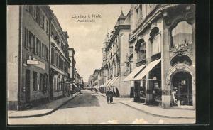 AK Landau i. Pfalz, Marktstrasse mit Passanten