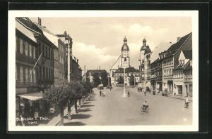 AK Schmölln / Thüringen, Marktplatz mit Radfahrern und Passanten